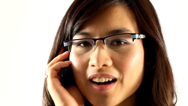 vídeos y material grabado en eventos de stock de feliz mujer de negocios - sólo mujeres jóvenes