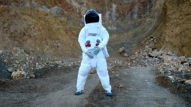 happy cosmonaut on mars - astronaut stock videos & royalty-free footage
