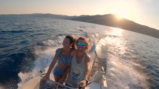 happy couple on boat - small boat stock videos & royalty-free footage