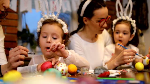 vídeos de stock e filmes b-roll de happy easter! we love having fun while preparing for easter - domingo de páscoa