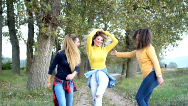 happy friends - blonde hair stock videos & royalty-free footage