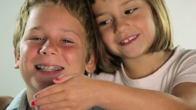 vidéos et rushes de happy kids - frère