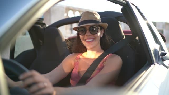 happy woman driving car, enjoying vacations - pardo brazilian stock videos & royalty-free footage