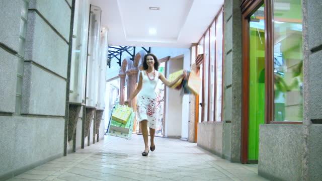 HD: Happy Woman Shopping