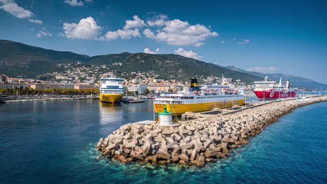 vidéos et rushes de port de bastia en corse - france - ferry