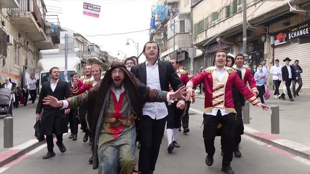 ISR: Jerusalem Marks Purim Under Strict Restrictions