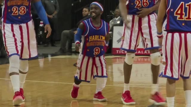 harlem globetrotters welcome their shortest player ever jahmani hot shot swanson known as the michael jordan of little people - harlem globetrotters stock videos & royalty-free footage