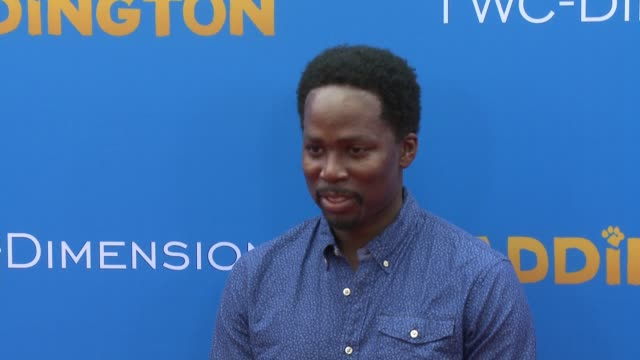 harold perrineau and wynter perrineau at 'paddington' los angeles premiere at arclight cinemas cinerama dome on january 10 2015 in hollywood... - arclight cinemas hollywood video stock e b–roll