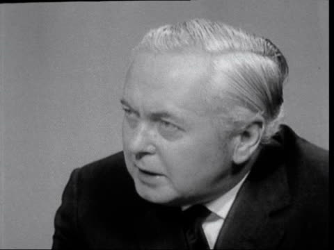 harold wilson interview on his opposition to the common market:; england: london: itn house: harold wilson live studio interview [smoking pipe] sot -... - axe stock videos & royalty-free footage