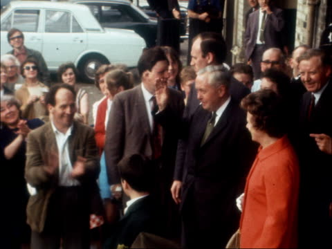 harold wilson visits norfolk on campaign day 2 england norfolk kings lynn wilson and wife out of hotel he waves to crowd both towards from hotel... - harold wilson stock-videos und b-roll-filmmaterial