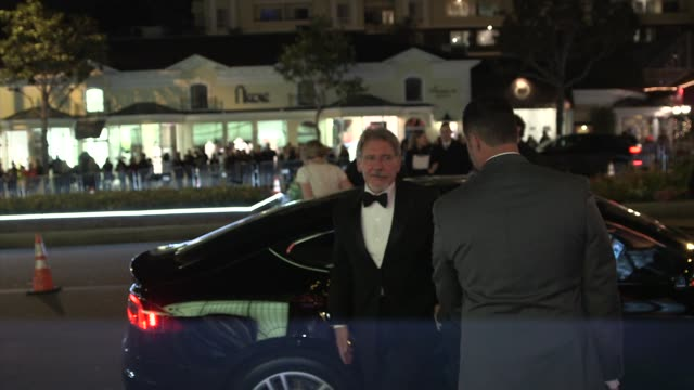harrison ford and calista flockhart at the 2014 vanity fair oscar party hosted by graydon carter - arrivals on march 02, 2014 in west hollywood,... - calista flockhart stock-videos und b-roll-filmmaterial