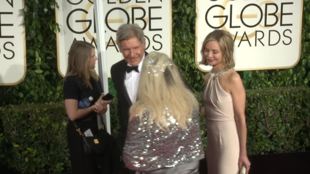 harrison ford, calista flockhart at 72nd annual golden globe awards - arrivals at the beverly hilton hotel on january 11, 2015 in beverly hills,... - calista flockhart stock-videos und b-roll-filmmaterial