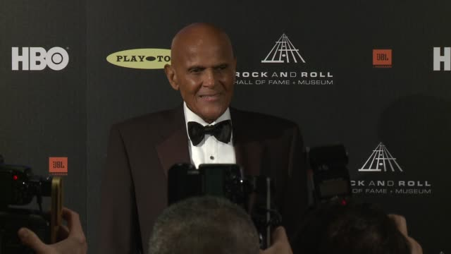harry belafonte at 28th annual rock and roll hall of fame induction ceremony - press room 4/18/2013 in los angeles, ca. - harry belafonte stock videos & royalty-free footage