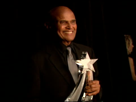harry belafonte at the 2006 bet awards portrait studio at the shrine auditorium in los angeles, california on june 27, 2006. - harry belafonte stock videos & royalty-free footage