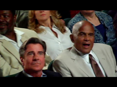 harry belafonte at the 60th anniversary tony award reunion photo at the shubert theatre in new york, new york on june 1, 2006. - harry belafonte stock videos & royalty-free footage