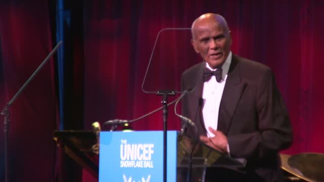 harry belafonte on his award at 2012 unicef snowflake ball presented by baccarat at cipriani 42nd street on november 27, 2012 in new york, new york - harry belafonte stock videos & royalty-free footage