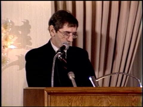 harry dean stanton at the los angeles film critics awards 1989 on january 24, 1989. - kritiker stock-videos und b-roll-filmmaterial