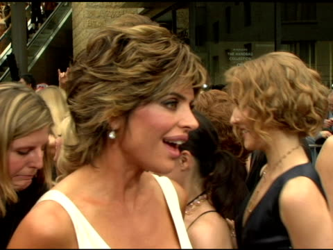 harry hamlin and lisa rinna on whether she's nervous what she's wearing at the 2006 daytime emmy awards at the kodak theatre in hollywood california... - daytime emmy preisverleihung stock-videos und b-roll-filmmaterial