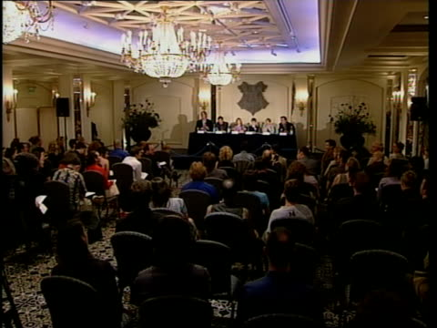 actors press conference itn england london photography*** radcliffe press conference radcliffe press conference sot i am a tiny bit like harry - harry potter stock videos & royalty-free footage