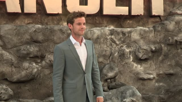 harry treadaway at the lone ranger uk premiere at odeon leicester square on july 21 2013 in london england - the lone ranger 2013 film stock videos and b-roll footage