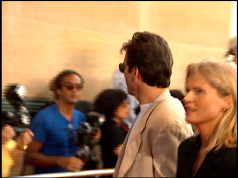 hart bochner at the 'a walk in the clouds' premiere at the los angeles county museum of art in los angeles, california on august 8, 1995. - ロサンゼルスカウンティ美術館点の映像素材/bロール
