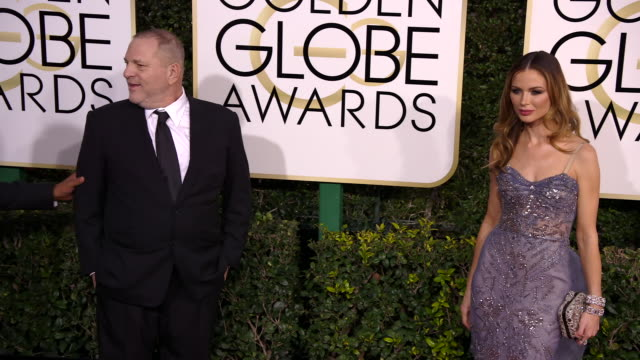 vidéos et rushes de harvey weinstein and georgina chapman at 74th annual golden globe awards - arrivals at 74th annual golden globe awards - arrivals at the beverly... - golden globe awards