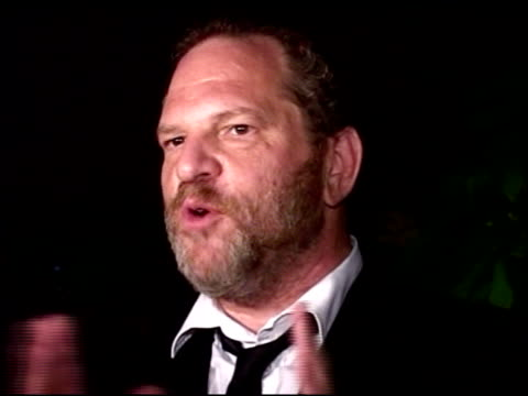 vídeos y material grabado en eventos de stock de harvey weinstein makes an announcement about his new company at the amfar 'cinema against aids' gala presented by miramax films palisades pictures... - miramax