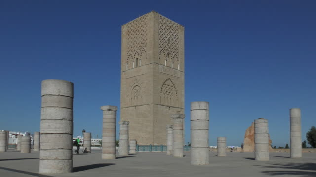 hassan tower - rabat, morocco - moschea video stock e b–roll