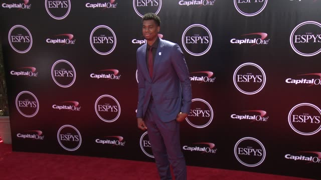 vídeos y material grabado en eventos de stock de hassan whiteside at the 2016 espy awards at microsoft theater on july 13 2016 in los angeles california - premios espy