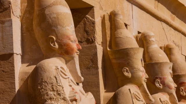 hatshepsut temple, luxor - cultura egiziana video stock e b–roll