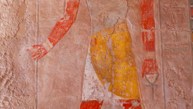 vidéos et rushes de hatshepsut temple, luxor - sculpture production artistique