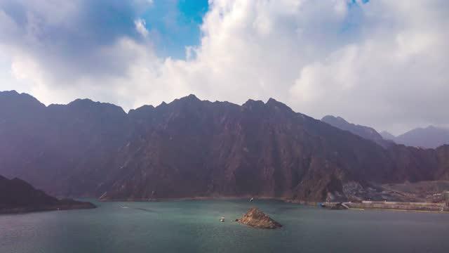 hatta lake in dubai emirate of uae motion time lapse - kayaking stock videos & royalty-free footage