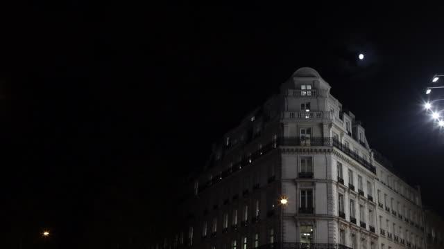 haussmann building in paris at night - facade stock videos & royalty-free footage