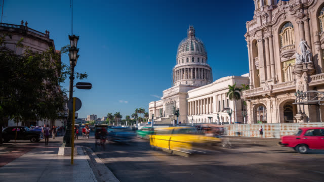 intervallo di tempo : havana capitolio-cuba - cuba video stock e b–roll