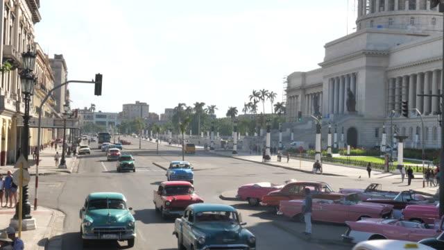 Havanna Zentrum mit Oldtimer