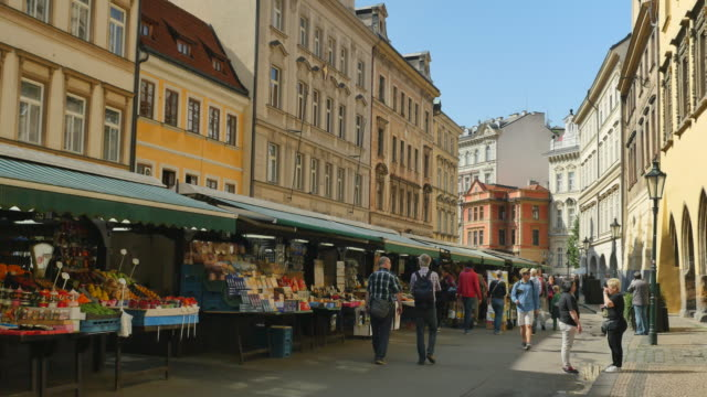 havelsky trh market, old town, prague - stare mesto stock videos & royalty-free footage