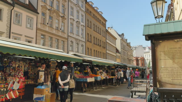 havelsky trh market, old town, prague - prague stock videos & royalty-free footage