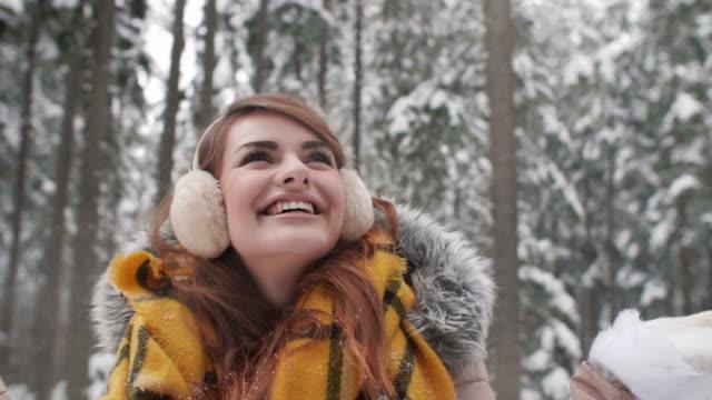 vídeos de stock, filmes e b-roll de having a fun/ zakopane/ poland - protetor de ouvido