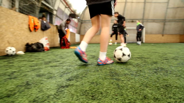 having a good time on a soccer practice - indoor soccer stock videos & royalty-free footage