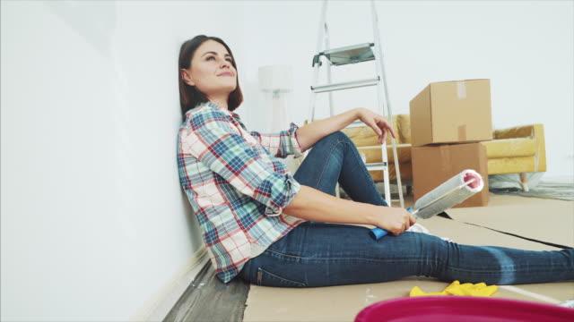 vídeos y material grabado en eventos de stock de tener un breve descanso durante la renovación de mi casa. - reforma