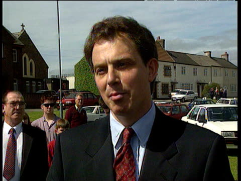having announced his candidature for leader of labour party tony blair talks about setting out an appealing vision sedgefield 11 jun 94 - politik und regierung stock-videos und b-roll-filmmaterial