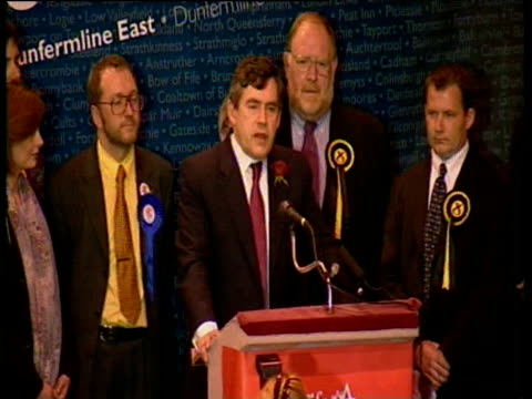 having retained seat in general election gordon brown mp speaks about second labour victory dunfermline 08 june 01 - dunfermline stock videos & royalty-free footage