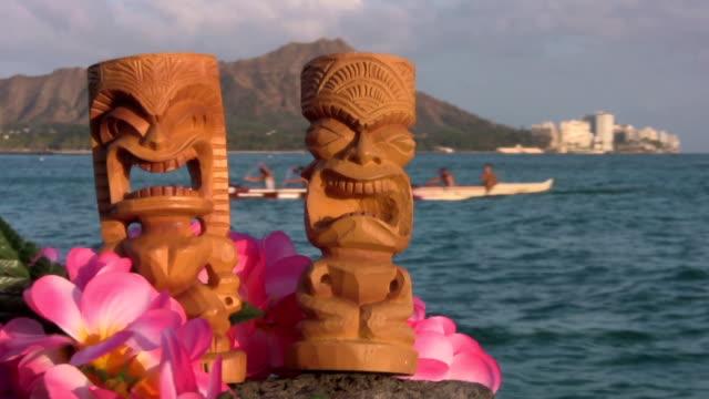 hawaii tikis waikiki diamond head oahu canoe - honolulu stock videos and b-roll footage