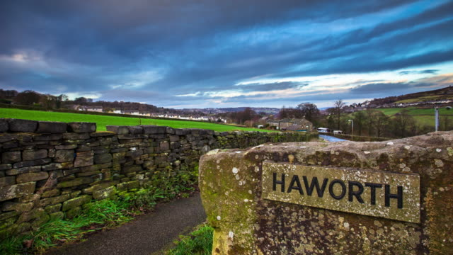 Haworth Village Sign - Time Lapse