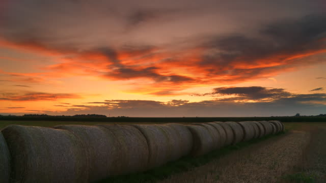 HD DOLLY: Hay Bales At Sunset