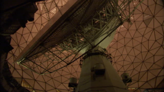 ms haystack telescope of giant dish antenna with view of moving inside geodesic dome / westford, massachusetts, usa - haystack stock videos & royalty-free footage