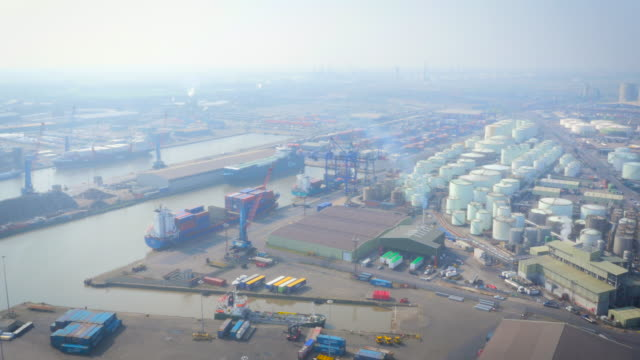 Hazy Immingham Port