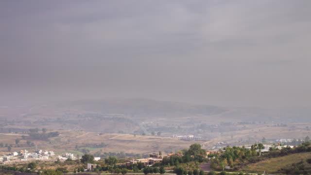 hazy landscape near morelia - time lapse - michoacán video stock e b–roll