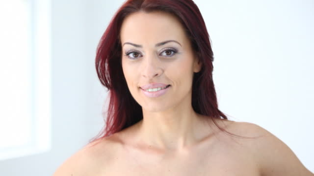 hd720:attractive red hair woman - 10 seconds or greater stock videos & royalty-free footage