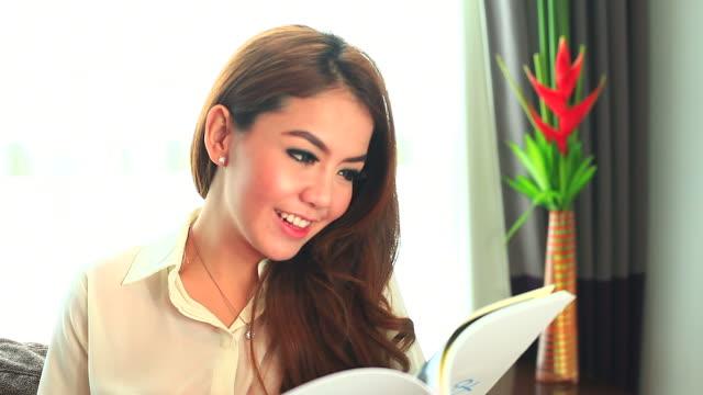 HD:Beautiful women reading the book.